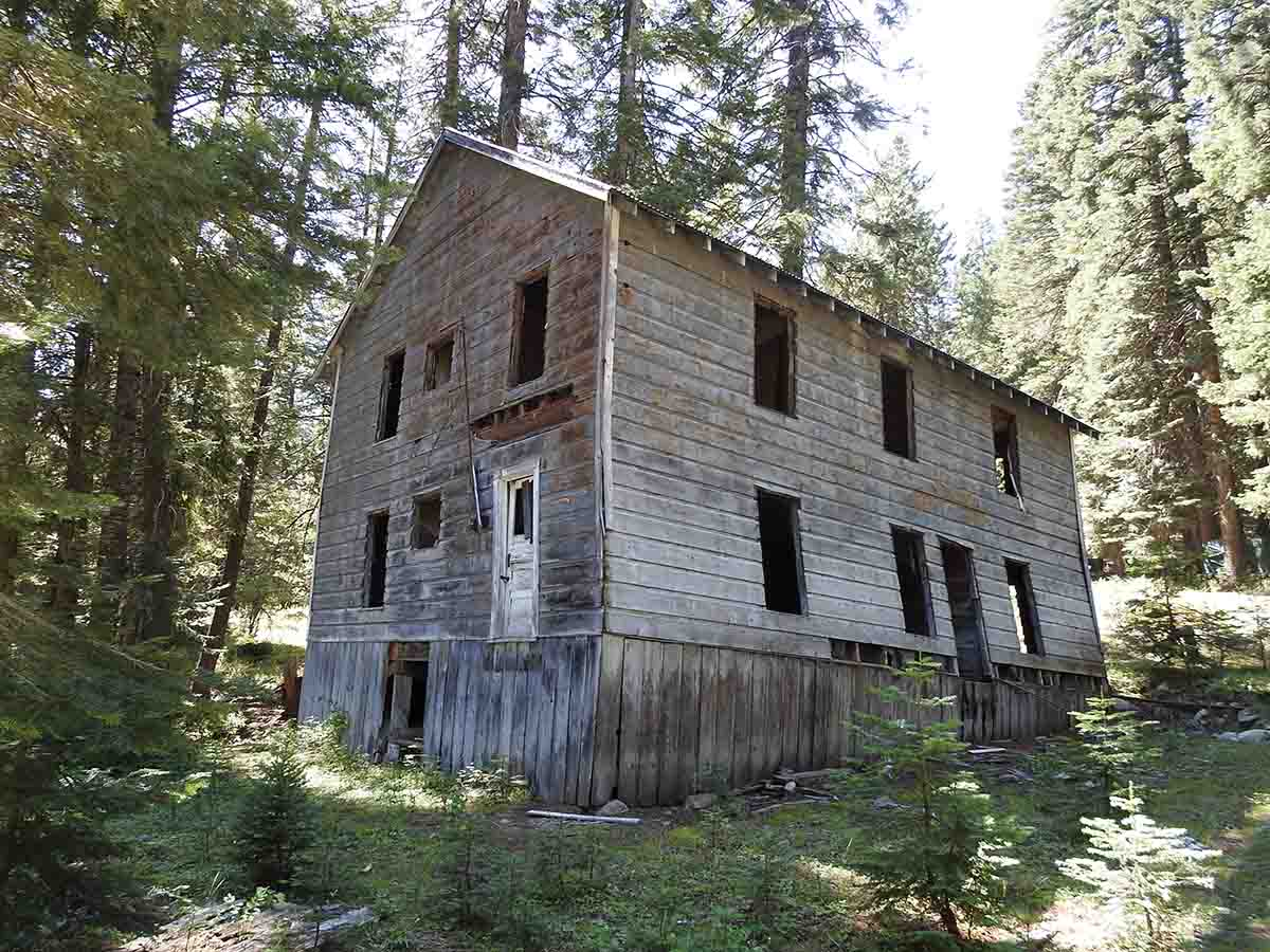 There once was a madam who built a crooked house near Cornucopia Mine, Halfway, Oregon.